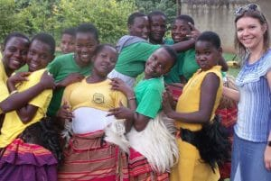 Group picture of Jane from the JAAS Foundation with kids in Ethiopia