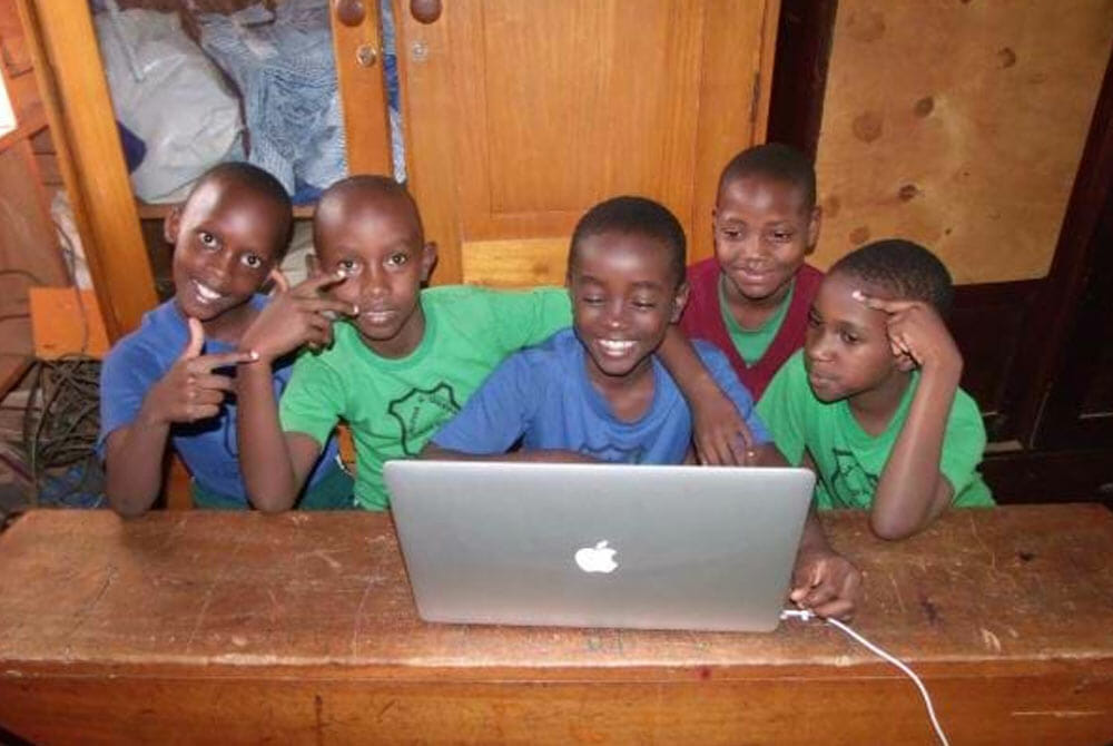 You boys play on a new mac from JAAS foundation