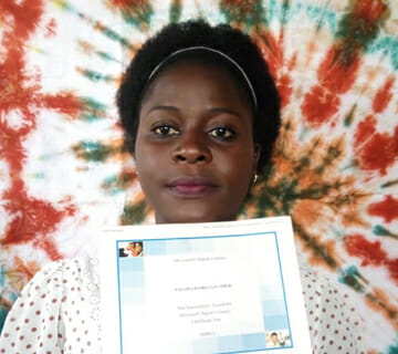 Picture of woman who earned her Microsoft Digital Literacy Certification